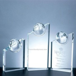 Optical Crystal Pinnacle Globe Award Medium